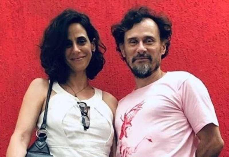 AAK3zqe - Enrique Diaz e Mariana Lima se casam após 20 anos de relacionamento