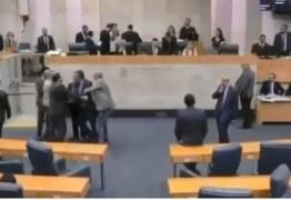 """Vereador chama colega de """"judeu filho da p*"""" na Câmara Municipal – VEJA VÍDEO"""