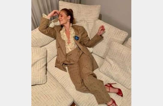 Capturar 8 - Paolla Oliveira usa look da Gucci de 23 mil reais