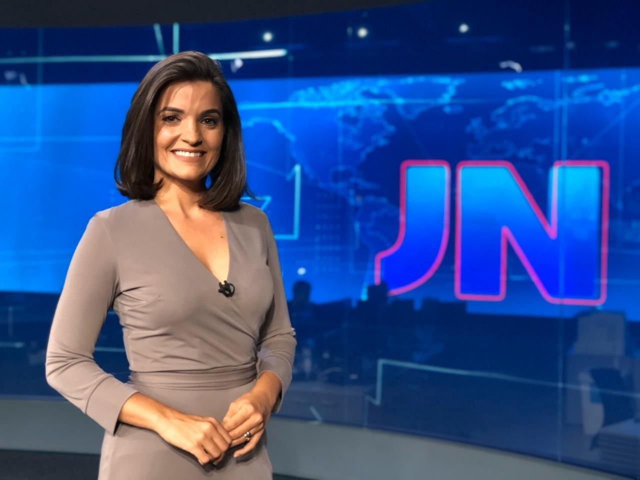 LARISSA PEREIRA - DA PARAÍBA PARA O BRASIL: Larissa Pereira entra para rodízio fixo de apresentadores do Jornal Nacional