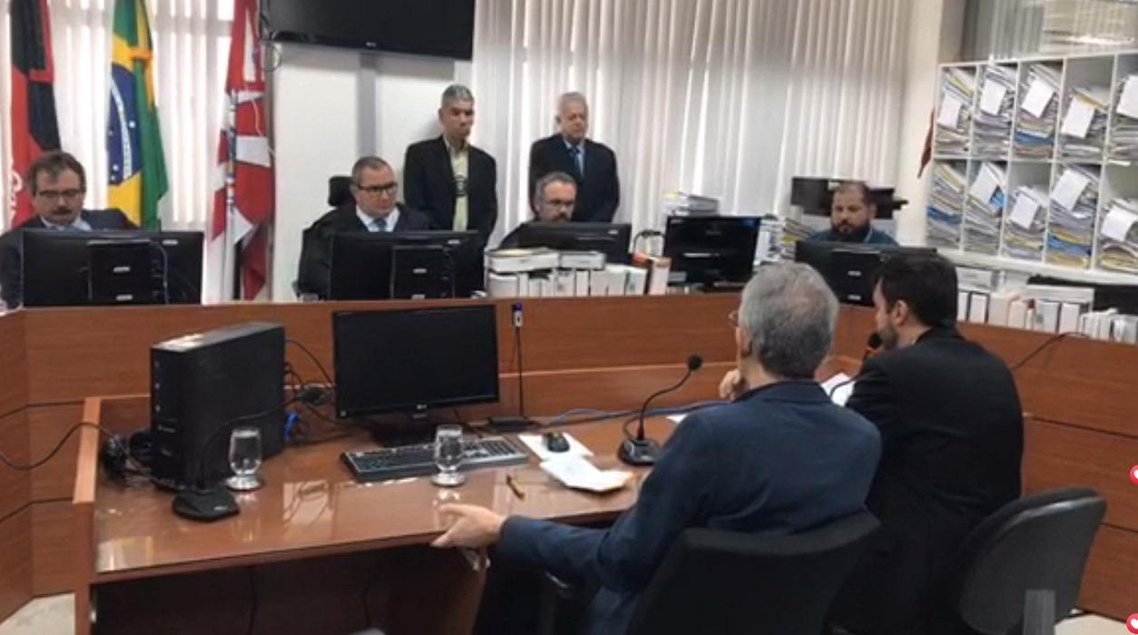 WhatsApp Image 2019 12 20 at 10.27.55 - O CALVÁRIO DE RICARDO COUTINHO: bastidores da audiência que selou o destino do ex-governador; VÍDEOS