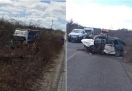 A TRAGÉDIA SE REPETE: Ônibus da banda Cavaleiros do Forró colide com carro e motorista morre no local
