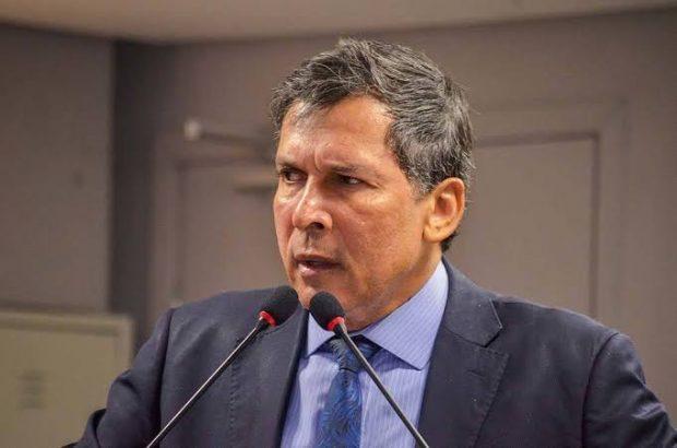 barbosa - ATAQUE DE HACKERS: Líder do Governo, Ricardo Barbosa tem celular clonado