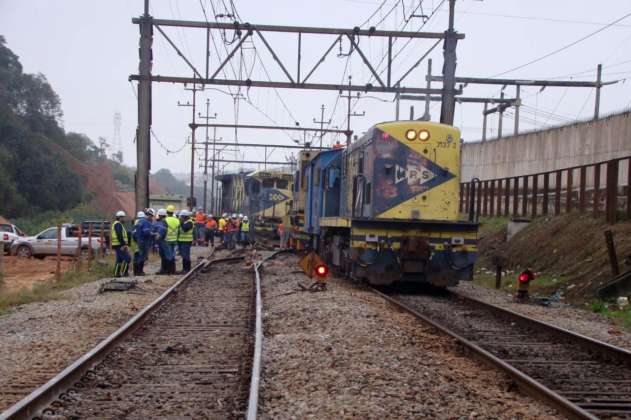 fup20170818006 - Homem morre atropelado por trem após tentar estuprar enteada e agredir companheira