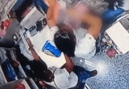 Duas mulheres são flagradas furtando dinheiro de loja de roupas no centro de Campina Grande