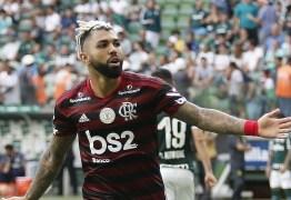 'VENCER, VENCER, VENCER': Fla faz três gols e atropela o Palmeiras no Allianz