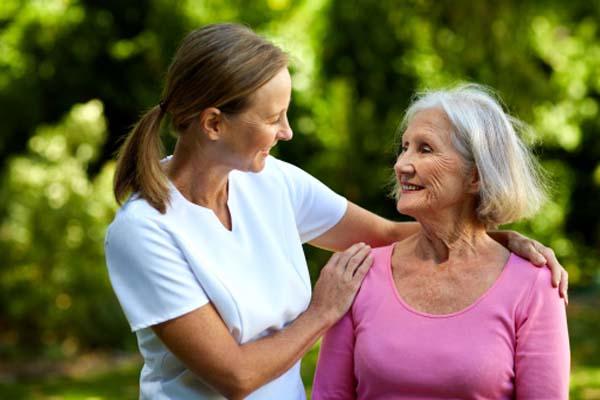idoso 1 - 'ADOTE UM IDOSO': Promotoria de Justiça realiza campanha para ajudar pessoas idosas em instituições de longa permanência