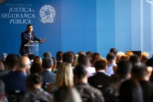 justica 091219img 49624307 1 300x200 - Corrupção abala confiança no regime democrático, diz Moro