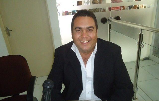 vereador carlos manga rosa conde 640x405 - Câmara de Conde aguarda audiência de custódia para empossar Carlos Manga Rosa na prefeitura