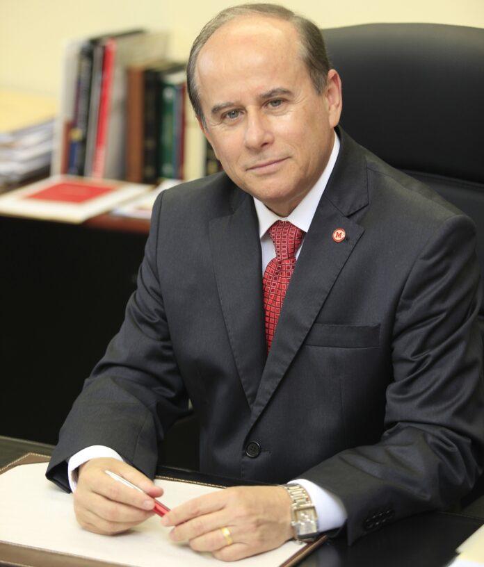 24012020 Benedito Guimarães Aguiar Neto Foto Mackenzie 696x816 - Ex-professor da UFCG é o novo presidente da Capes