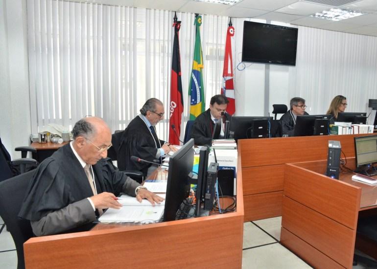 Câmara Criminal - Ação penal contra Gilberto Carneiro é mantida na Justiça por decisão do TJPB