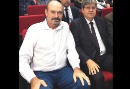 Jeová Campos desmente boatos sobre rompimento e suposta ameaça contra o governador João Avezêdo