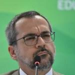 abraham weintraub4 960x640 - Weintraub diz que pedirá desculpas se China fornecer respiradores: 'digo que fui imbecil'