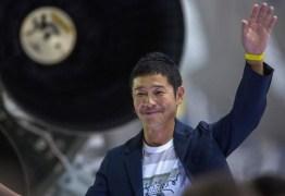 'COMPANHEIRA DE VIDA': Bilionário japonês busca mulher para passeio à Lua
