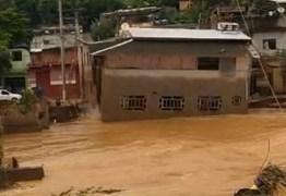 Temporais em Minas Gerais: homem relata a sensação de ver sua casa de 2 andares levada pela chuva – VEJA VÍDEO