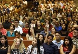 CATÓLICOS AINDA SÃO MAIORIA: Datafolha traça o perfil religioso do brasileiro