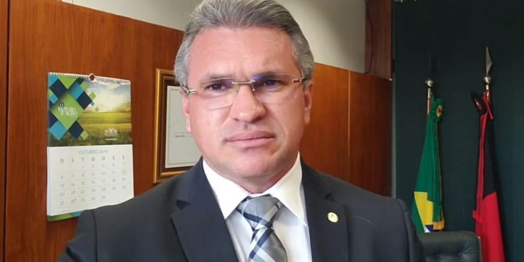 """julian lemos pb 1140x570 1024x512 - """"Se ele insistir nisso, será o início do fim"""" avalia Julian Lemos sobre Bolsonaro estar 'fritando' Sérgio Moro"""