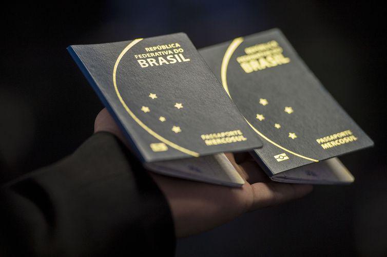 mc passaporte foto marcelo camargo 10 07 2015 001 - Brasil e Catar acabam com exigência de visto