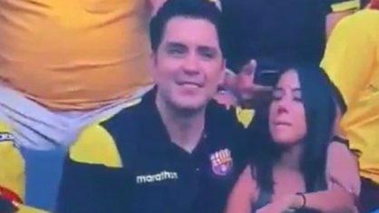 torcedor 418x235 - ARREPENDIDO?: Torcedor que viralizou ao ser flagrado na 'câmera do beijo' pede perdão à mulher