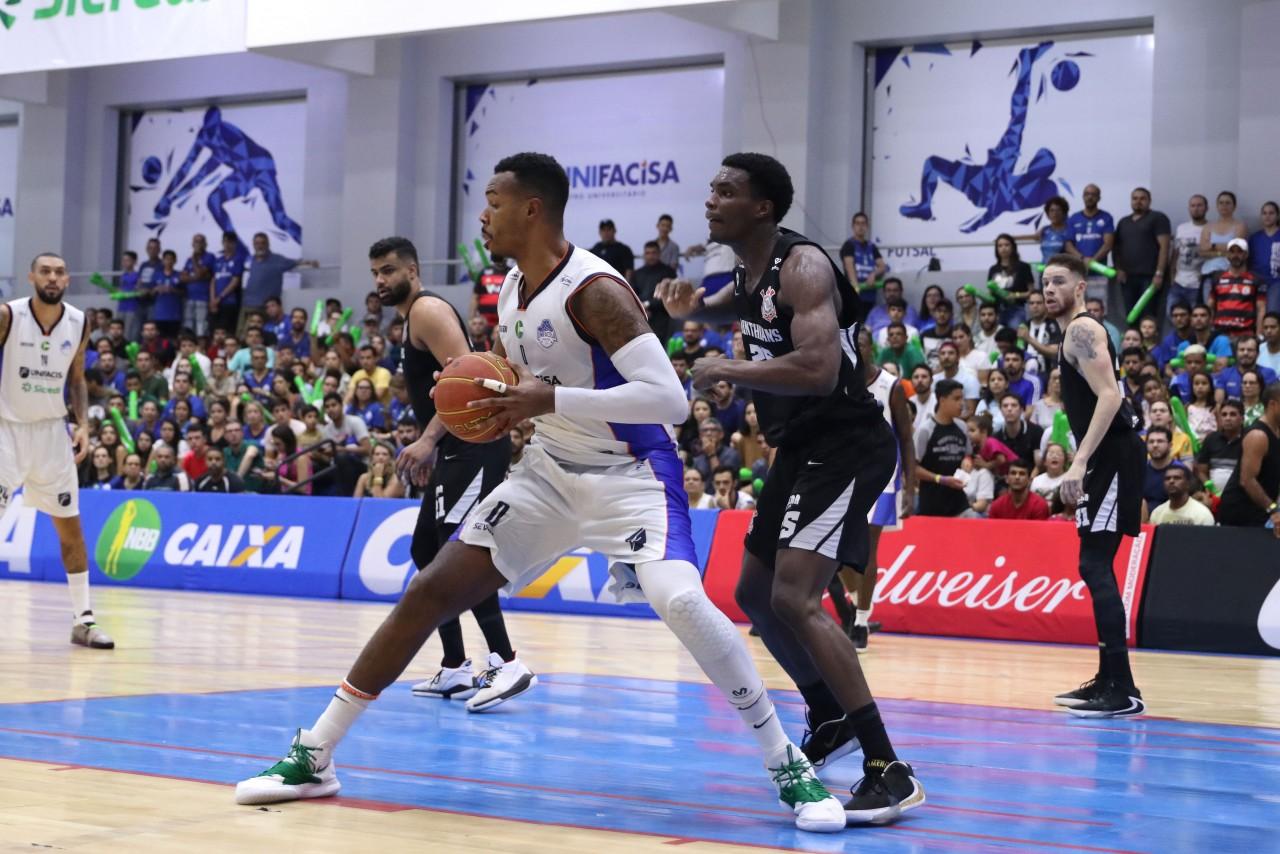 unnamed 1 4 - Basquete Unifacisa vence o Corinthians na Arena Unifacisa em mais um espetáculo de casa cheia
