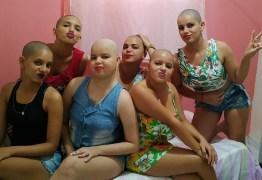 Após descobrir câncer de irmã, família raspa o cabelo em solidariedade, na Paraíba