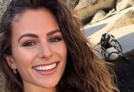 Youtuber se desculpa por se aproximar de pinguins acasalando para fazer selfie
