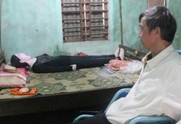 Vietnamita dorme com restos mortais da esposa há 16 anos