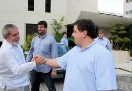 OI X FILHO DE LULA: Empresa quer que Fábio devolva quase R$7 milhões que foram 'emprestados' em 2006