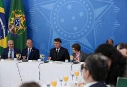 Bolsonaro pede apoio à bancada ruralista a PL sobre áreas indígenas