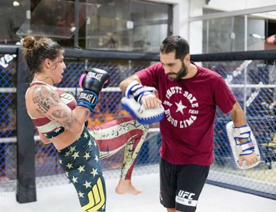 5e45930639e47 - UFC: Brasileira promete partir para cima de ucraniana: 'Nunca encarou alguém tão agressiva'