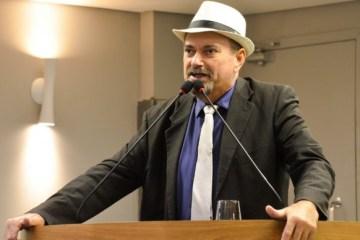 Deputado Jeová Campos e o autor da Lei do Teste do Pezinho Ampliado 683x388 - Audiência em Cajazeiras vai discutir implantação teste do pezinho ampliado na rede pública