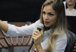 AS FLORES ANTES DAS PEDRAS – Pâmela Bório revela encantamento com Ricardo Coutinho: 'Achei que tinha casado com melhor homem do mundo' – VEJA VÍDEO