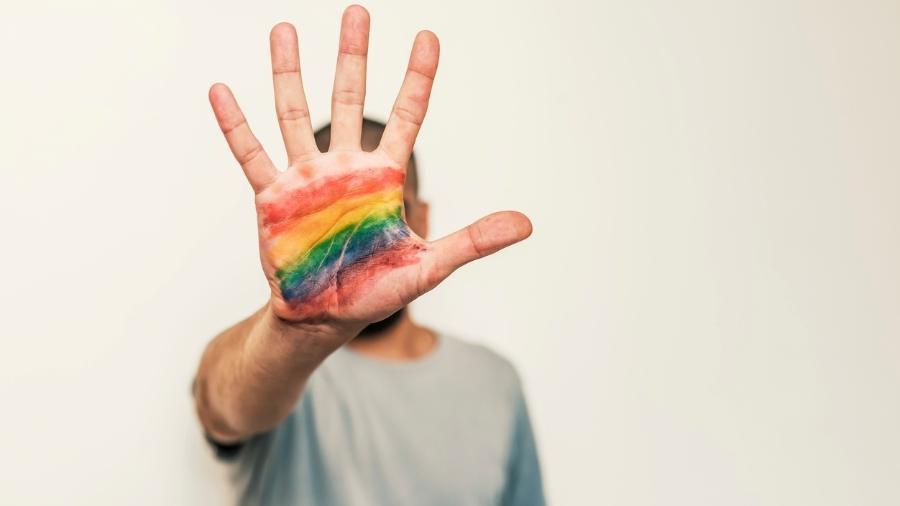 homofobia 1546972202568 v2 900x506 - Comissão da OAB-PB confirma fake news sobre homofobia que teve o Colégio Interactivo como vítima