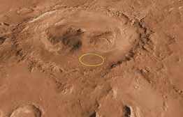 Meteoro deixa cratera na superfície de Marte