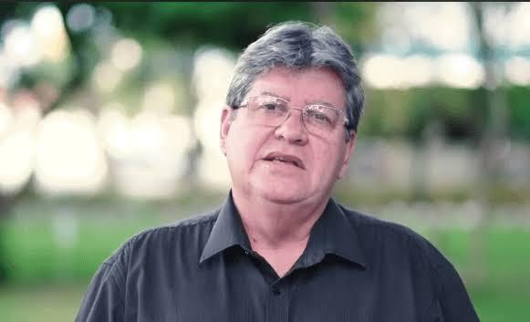 images 2 - Imprensa nacional destaca saída de Azevedo e de prefeitos do PSB paraibano