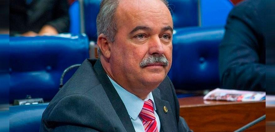 Inácio Falcão responde críticas a sua pré-candidatura e chama Márcio Melo de 'vereadorzinho'