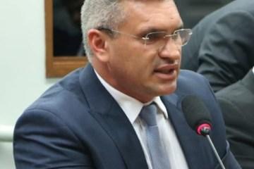 """julian 2 750x375 1 - """"Os partícipes da quadrilha que pilhavam a Paraíba estarão como bois marcados e dentro de um cercado"""", diz Julian Lemos sobre Calvário"""