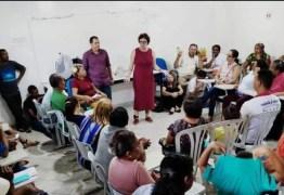 'MESMO DE TORNOZELEIRA, EU TENHO ASAS': Márcia Lucena comparece em reunião e recebe apoio de lideranças comunitárias