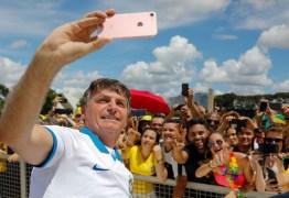 Segurança de Bolsonaro está em estado grave com coronavírus