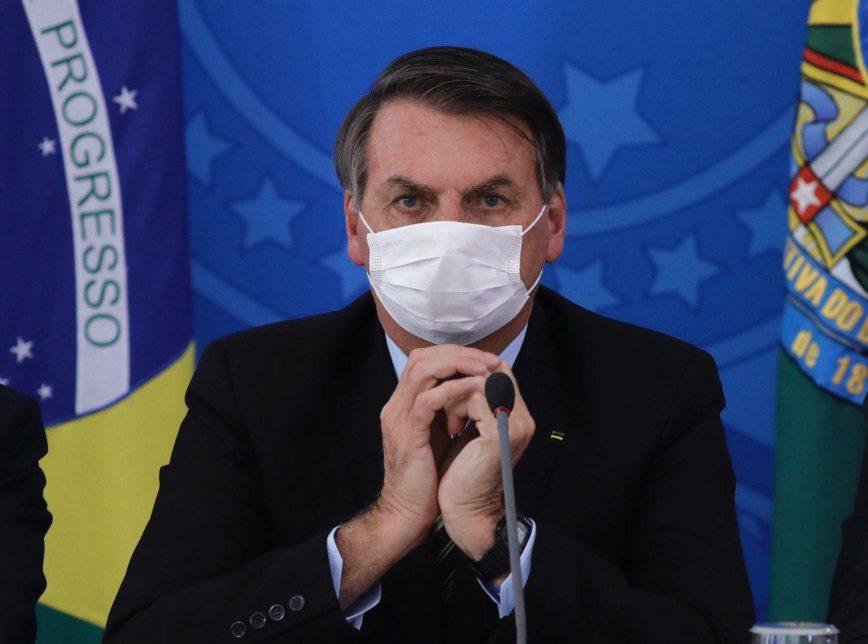 Bolsonaro 2 868x644 1 - 'Bolsonaro é mais nocivo para o país que qualquer vírus', diz o PT em nota
