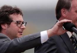 PALÁCIO DO PLANALTO EM ALERTA: Bolsonaro é monitorado após secretário apresentar sintomas de gripe e fazer teste para coronavírus