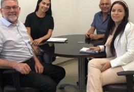 Gestão de Cajazeiras discute parcerias com o Sebrae