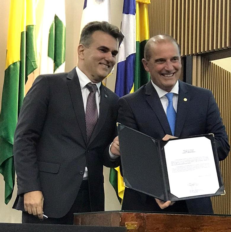 Sérgio Queiroz - Ao lado de Onyx, Sérgio Queiroz toma posse como secretário Especial do Desenvolvimento Social em Brasília
