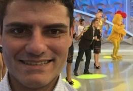 Sobrinho de Gugu estreia na TV com pegadinhas e quer ressuscitar banheira