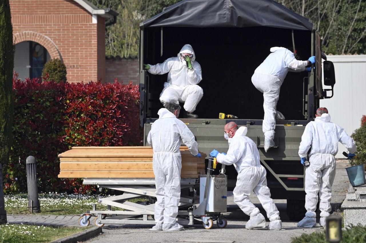 ap20081549682232 - PANDEMIA: Itália registra 793 mortes em 1 dia, e total sobe para 4.825