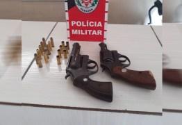 Polícia prende em flagrante dupla suspeita de homicídio em Pedras de Fogo