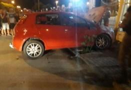 Três homens são mortos a tiros dentro de carro, em Brejo do Cruz