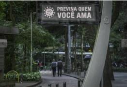 Bolsonaro e Maia politizam temor de empresários com risco econômico do vírus