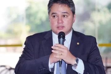 Efraim Filho assegura recursos para estados e municípios em meio à Covid-19