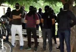 FIM DO MOVIMENTO: Policiais amotinados no Ceará decidem aceitar proposta do governo